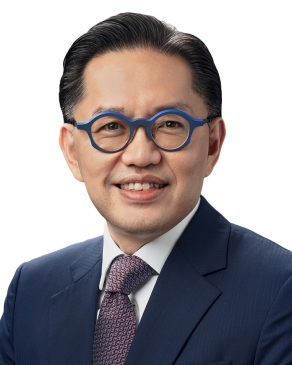Photo of Mark Liew