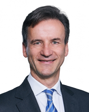 Photo of Dr. Florian von Alten